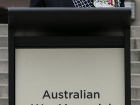 royal-australian-electrical-and-mechanical-engineers-raeme-75th-anniversary-parade-and-plaque-dedication-11217_37935213805_o